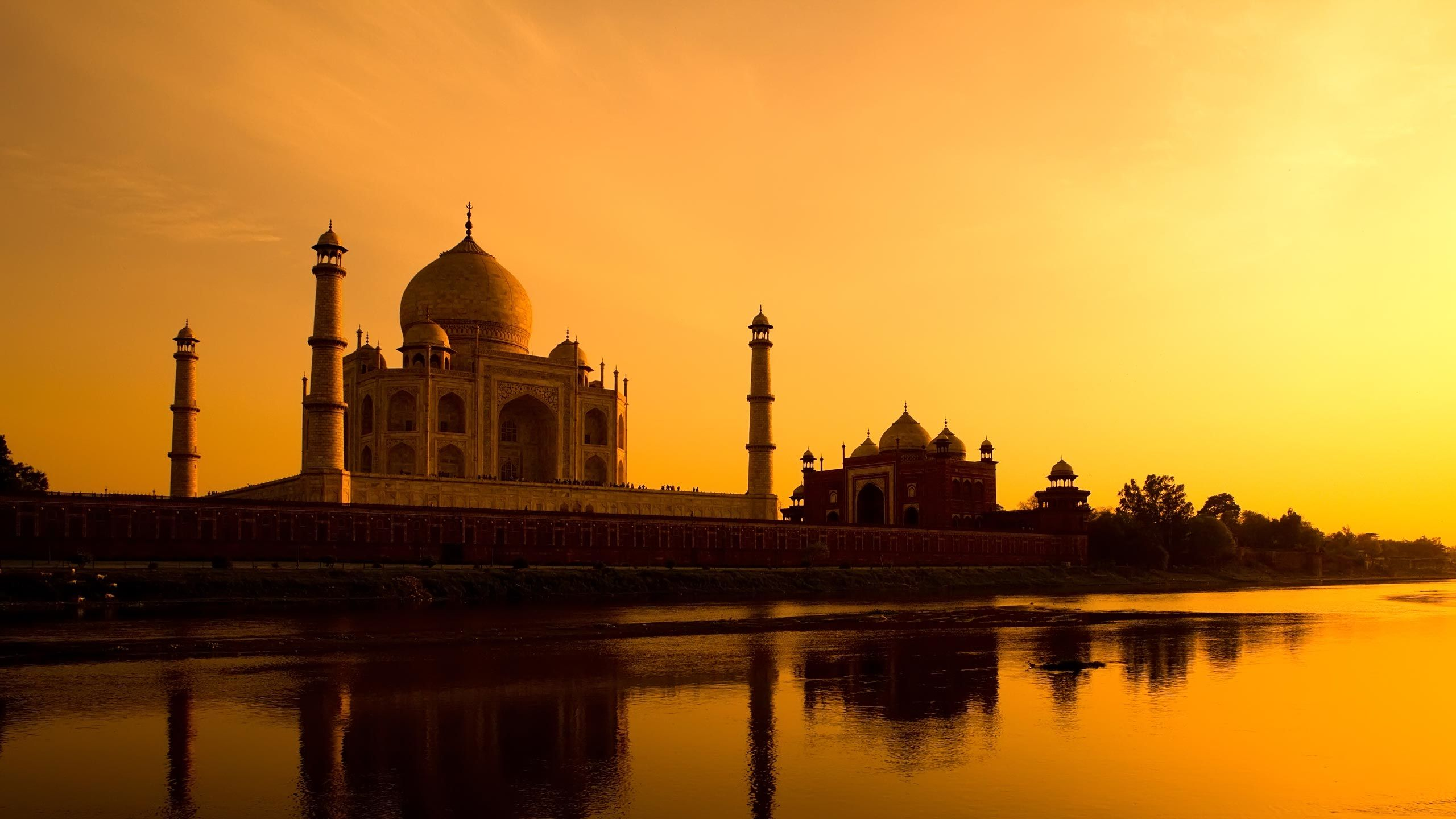bespoke travel brochure design hero image taj mahal yamuna river explore tailor made